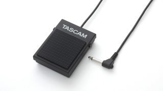 TASCAM RC-1F